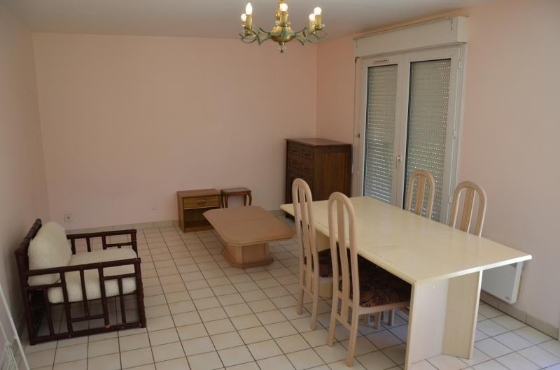 Location appartement Oyonnax 335€ CC - Photo 4
