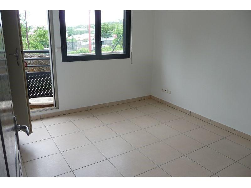 Location appartement La possession 511€ CC - Photo 7