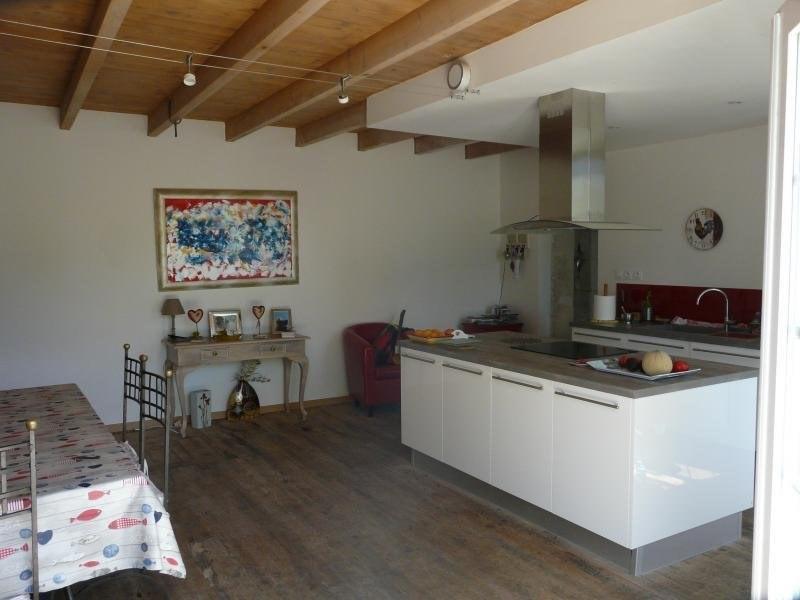 Vente maison / villa Chevanceaux 383000€ - Photo 9