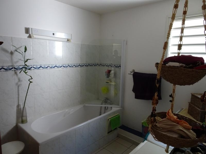 Venta  apartamento St gilles les bains 246700€ - Fotografía 10