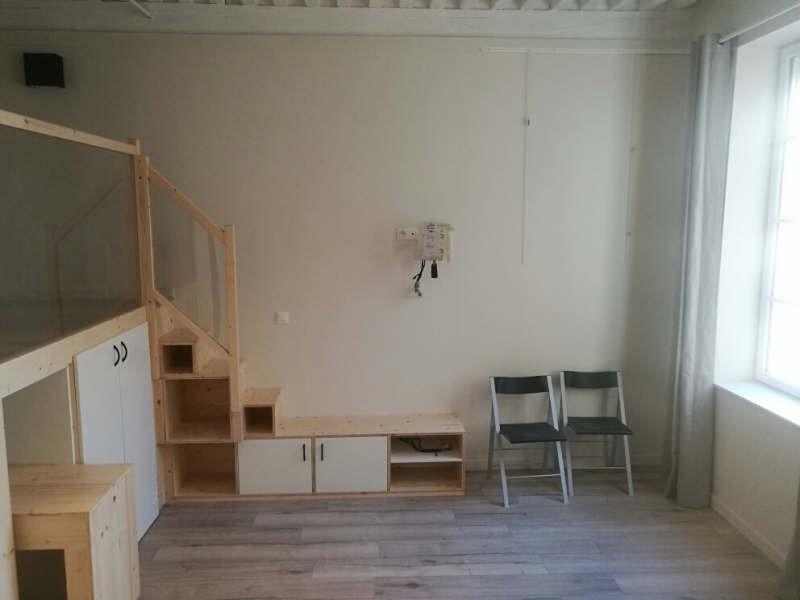 Location appartement Lyon 1er 815€ CC - Photo 3