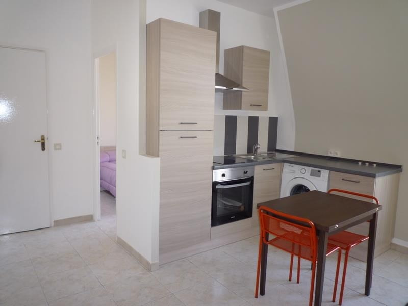 Sale apartment Nice 148 000€ - Picture 1