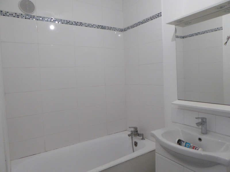 Rental apartment Elancourt 949€ CC - Picture 4