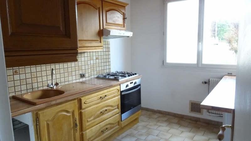 Sale apartment Domont 158000€ - Picture 2