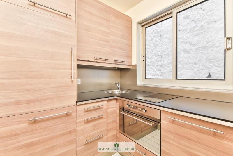 Location appartement Paris 17ème 1950€ CC - Photo 10