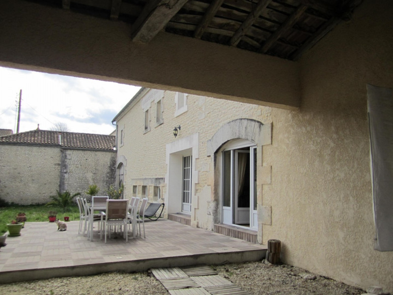 Sale house / villa Barbezieux saint -hilaire 269 100€ - Picture 3