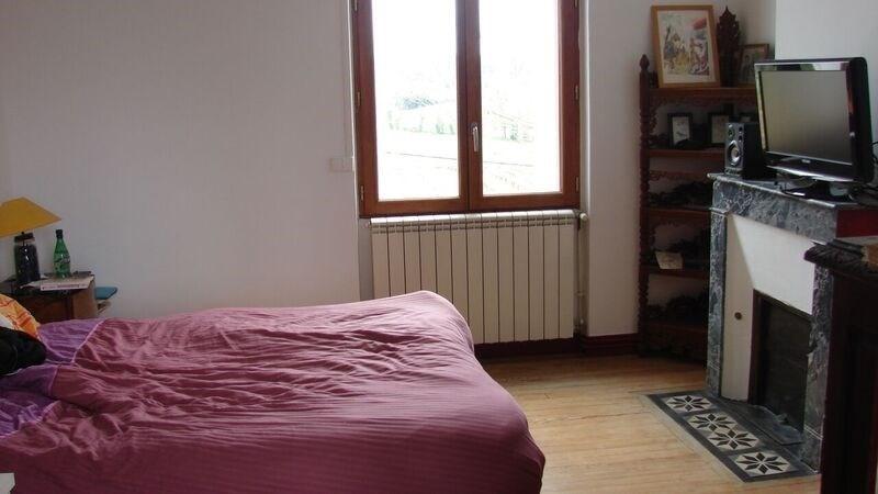 Sale house / villa St ciers de canesse 325000€ - Picture 5