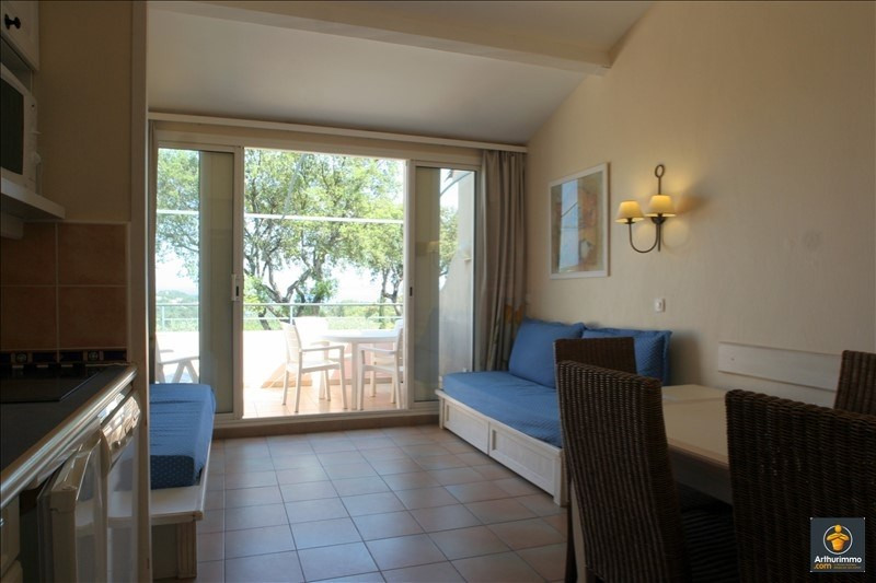 Sale apartment Grimaud 172000€ - Picture 6