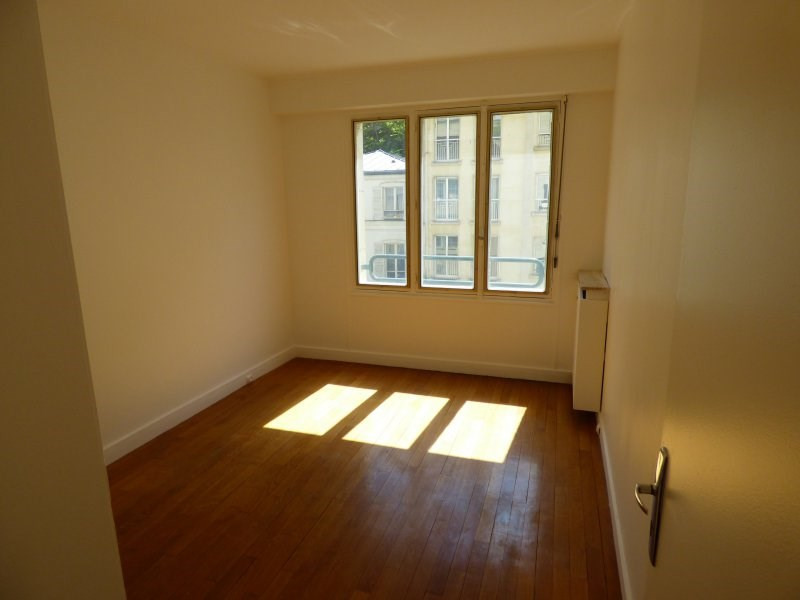 Rental apartment Paris 16ème 2300€ CC - Picture 11