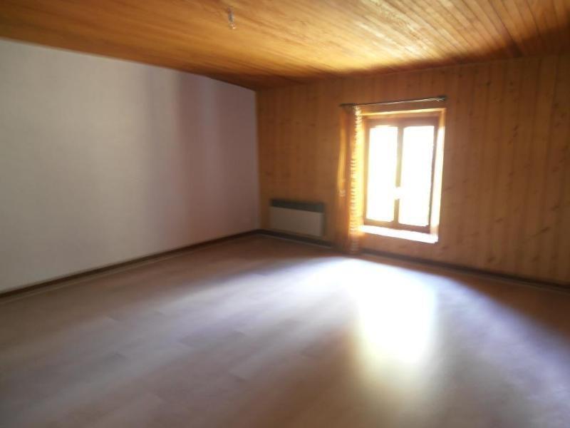 Location maison / villa Montclusel 689€ CC - Photo 6