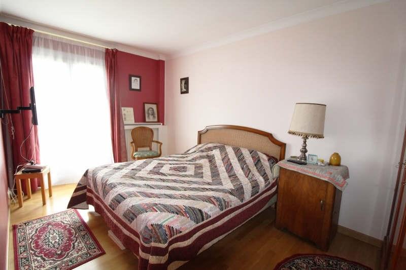 Sale house / villa Maurepas 345000€ - Picture 5