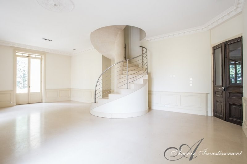 Deluxe sale apartment Collonges au mont d or 760000€ - Picture 2