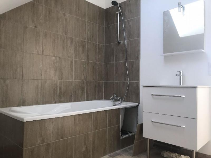 Rental apartment La ville du bois 765€ CC - Picture 5