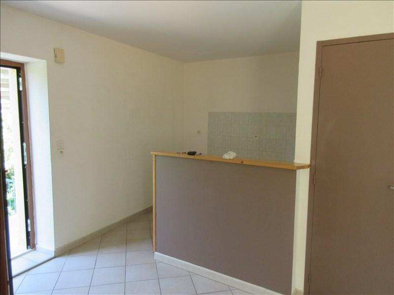Location appartement Voiron 413€ CC - Photo 1