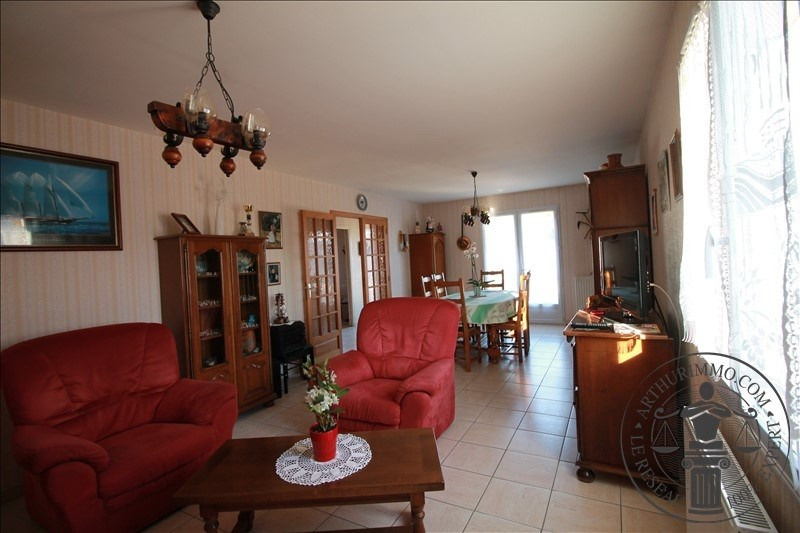 Vente maison / villa Sainville 206 000€ - Photo 3
