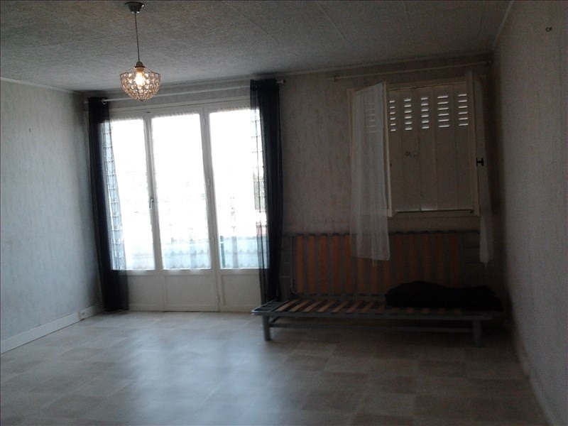 Rental apartment Athis mons 596€ CC - Picture 2