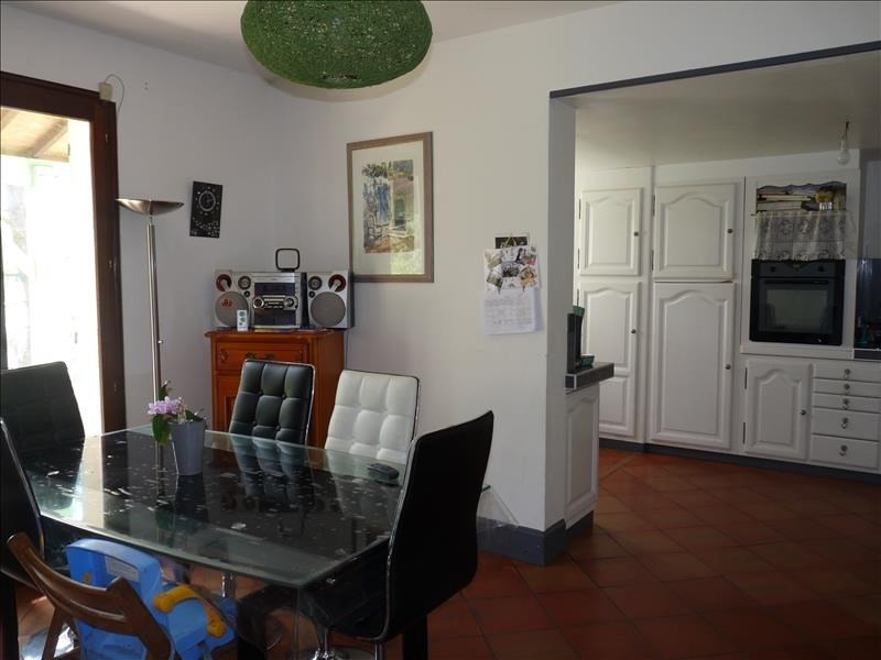 Sale house / villa Foulayronnes 241500€ - Picture 3