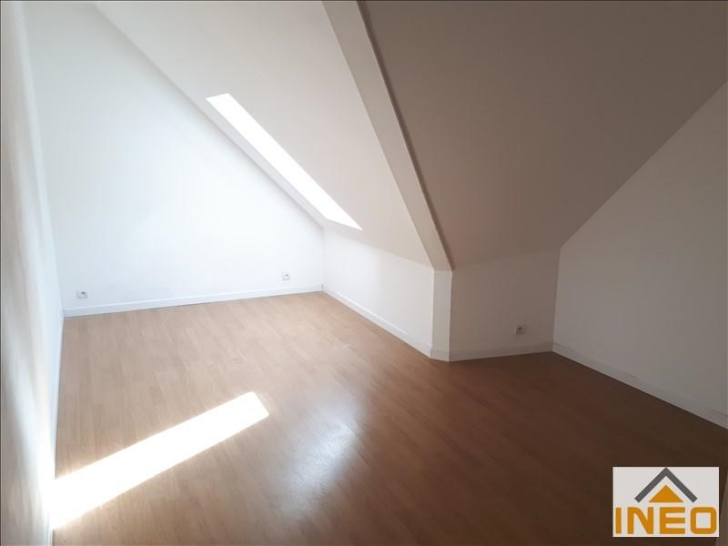 Location maison / villa St medard sur ille 715€ CC - Photo 6