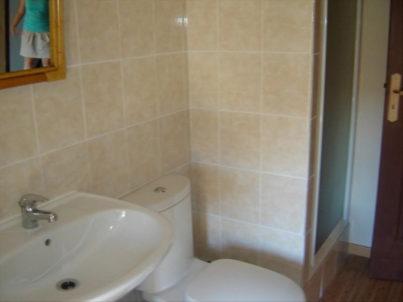 Rental apartment St jean d angely 370€ CC - Picture 4
