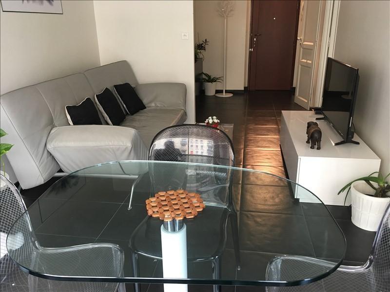 Rental apartment Paris 15ème 1490€ CC - Picture 1