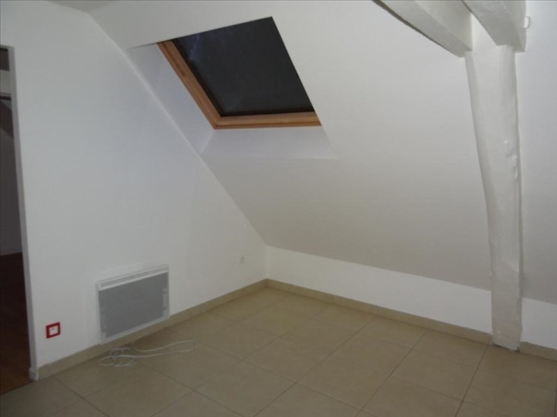 Rental apartment Neuilly en thelle 525€ CC - Picture 3