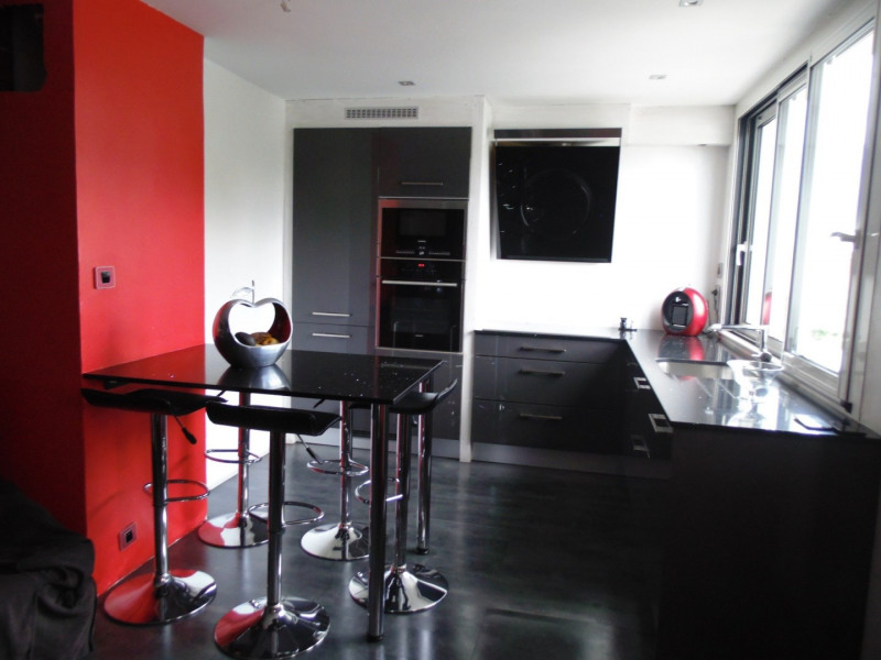 Sale apartment Grenoble 144 000€ - Picture 1