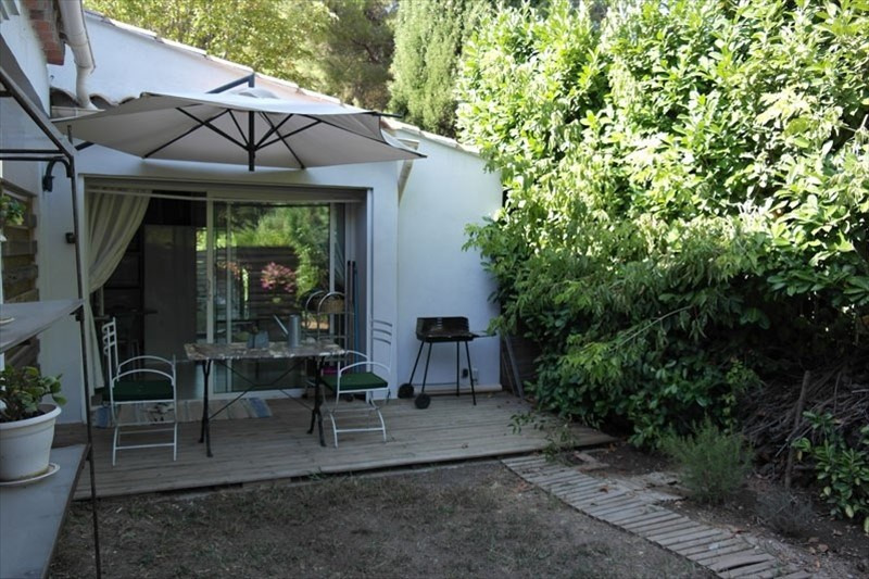 Rental apartment Aix en provence 750€ +CH - Picture 1