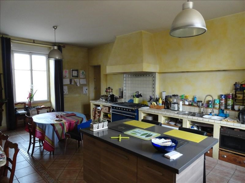 Sale house / villa Clisson 423900€ - Picture 4