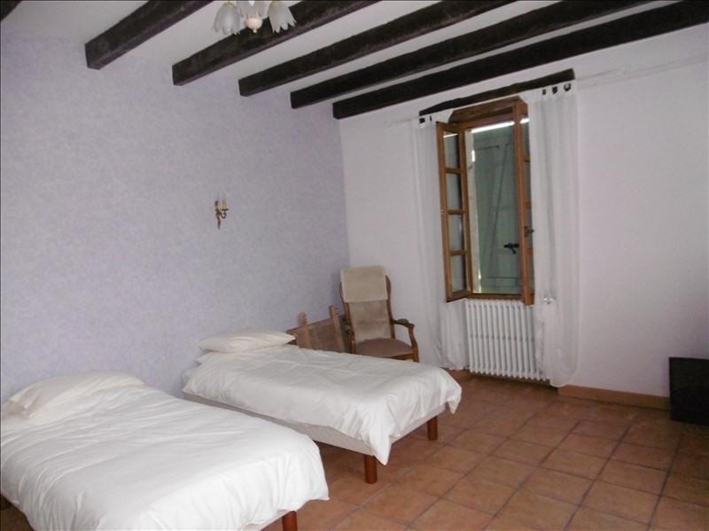 Sale house / villa Eglise neuve d issac 394000€ - Picture 7