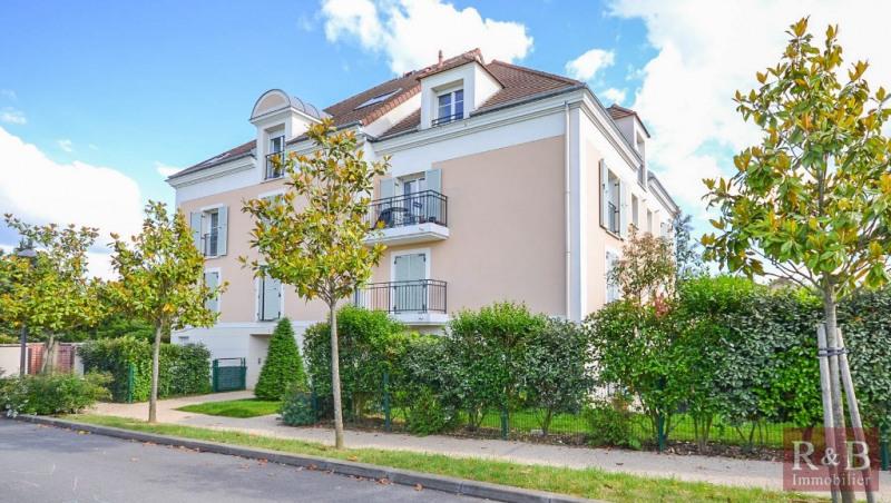 Sale apartment Plaisir 185000€ - Picture 1