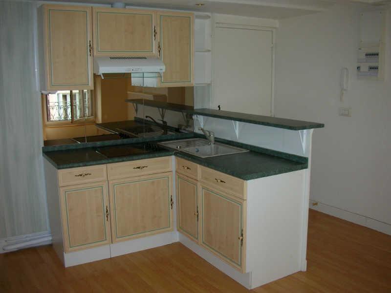 Rental apartment Le puy en velay 351,75€ CC - Picture 2