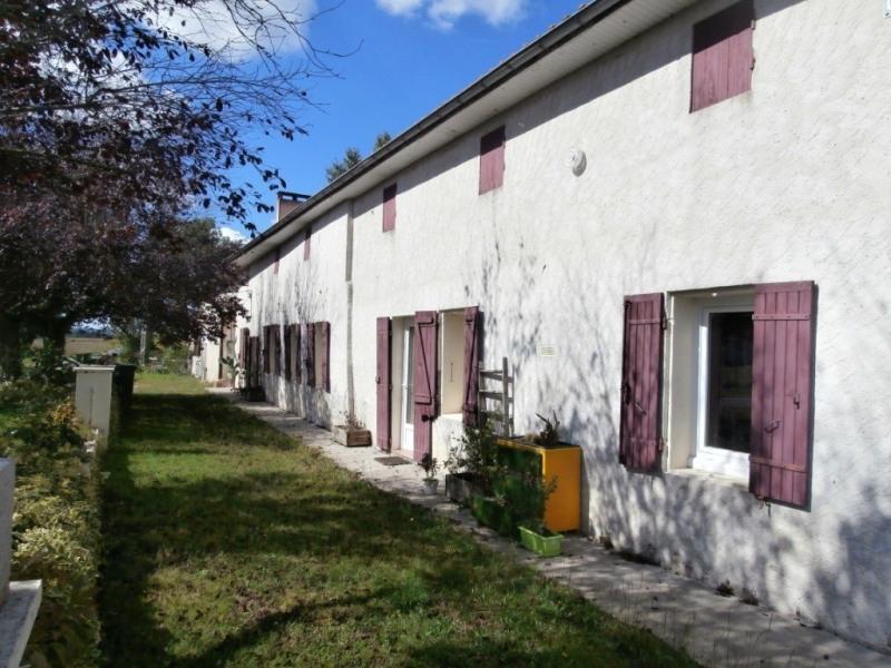 Sale house / villa Saint pierre d'eyraud 165250€ - Picture 1