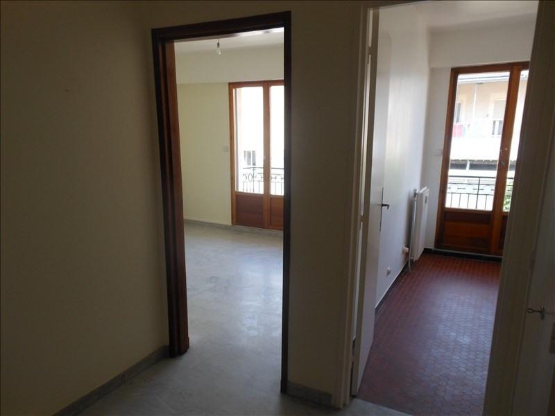 Location appartement Nimes 430€ CC - Photo 2