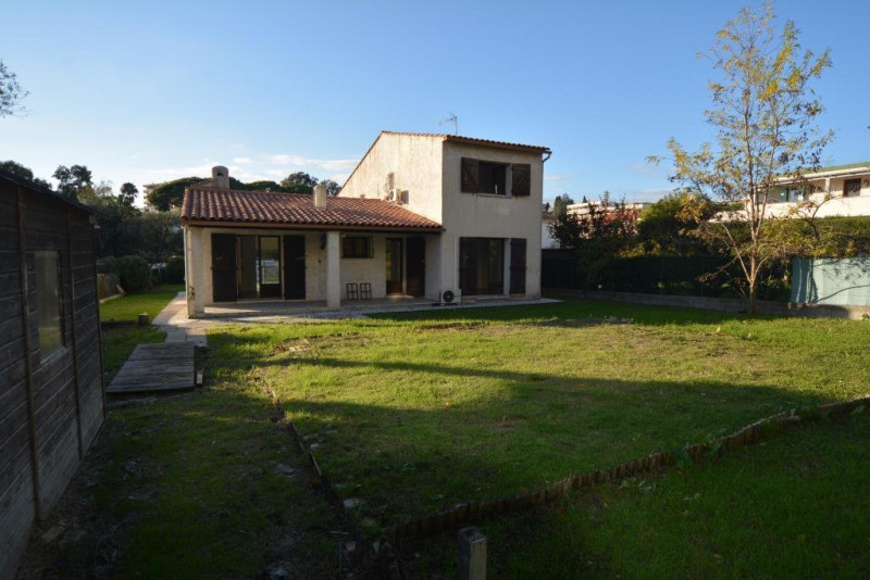 Deluxe sale house / villa Antibes 595000€ - Picture 6