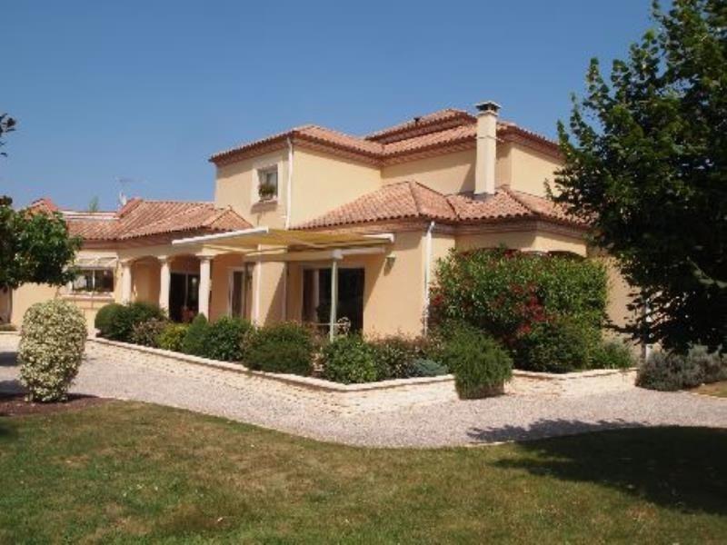 Deluxe sale house / villa Bizanos 795000€ - Picture 1