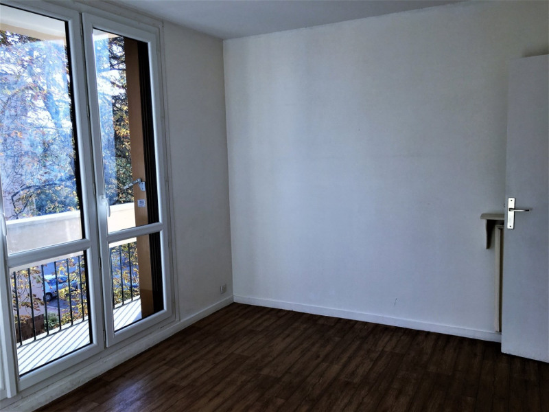 Sale apartment Rambouillet 325000€ - Picture 3