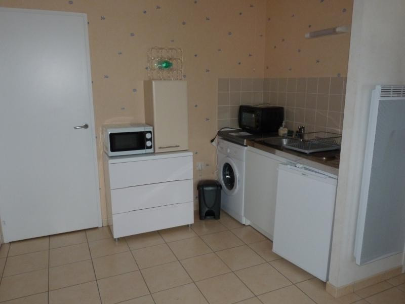 Location appartement La roche sur yon 402€ CC - Photo 2