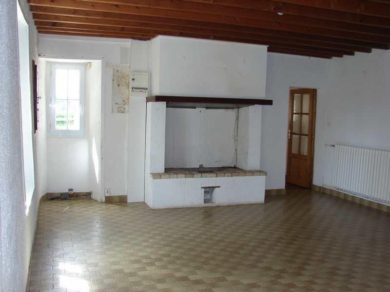 Location maison / villa Villiers fossard 540€ CC - Photo 4