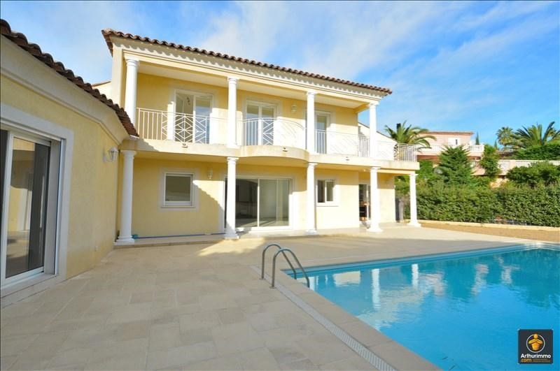Deluxe sale house / villa St aygulf 850000€ - Picture 1