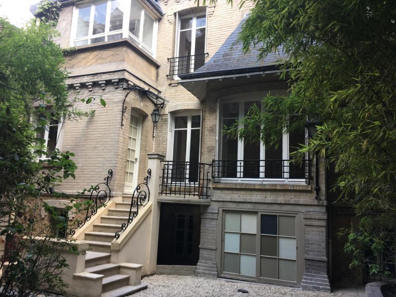Location maison / villa Paris 16ème 5150€ +CH - Photo 1