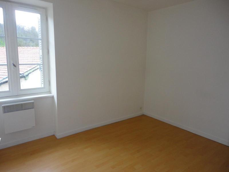 Location appartement Sain bel 536€ CC - Photo 3