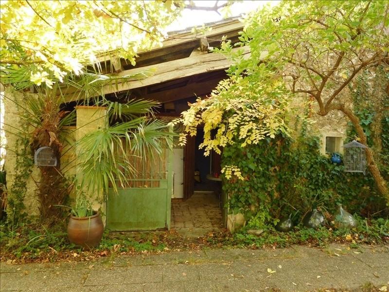 Location maison / villa La lande de fronsac 540€ CC - Photo 1