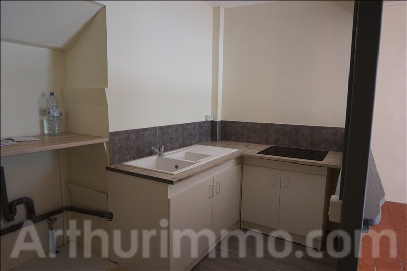 Rental apartment Lodeve 370€ CC - Picture 1