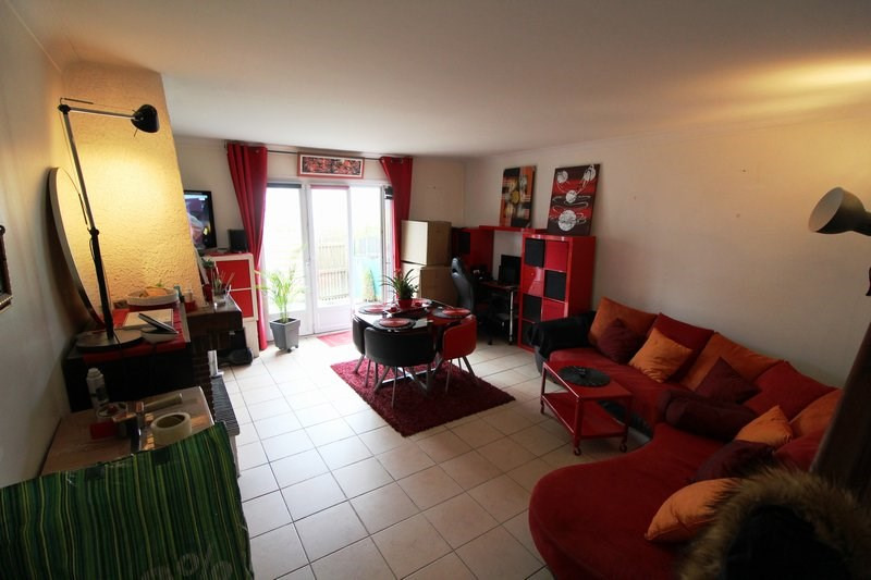 Location maison / villa Maurepas 1145€ CC - Photo 2