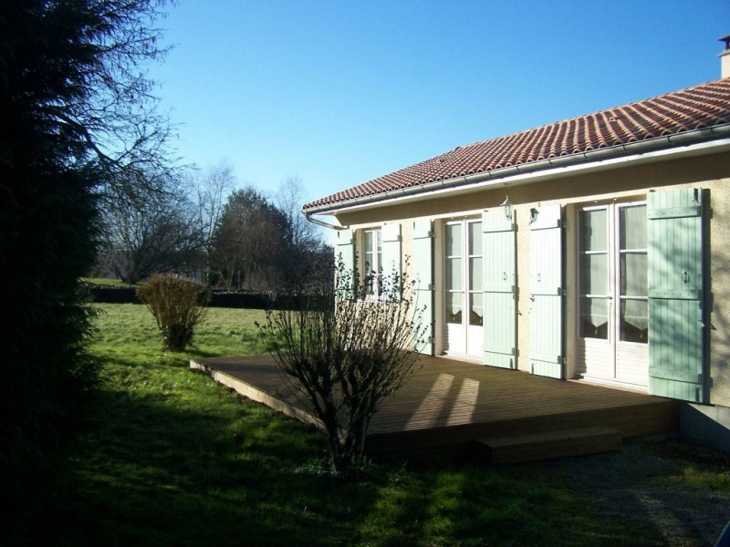 Location maison / villa Rilhac rancon 570€ CC - Photo 2