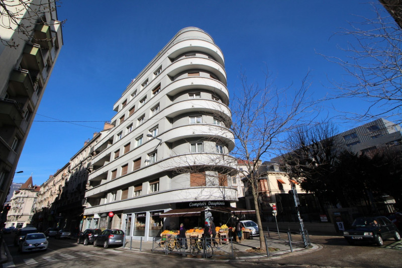Sale apartment Grenoble 208 000€ - Picture 1
