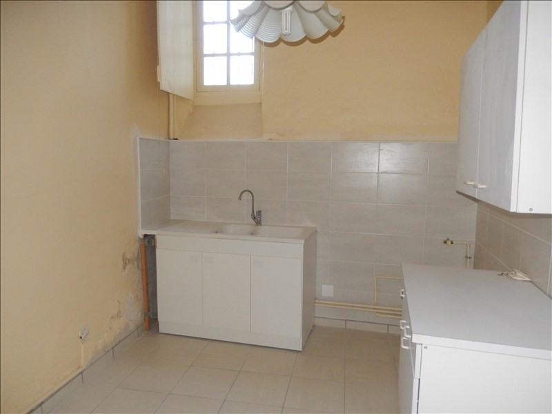Rental apartment Le puy en velay 606,79€ CC - Picture 2