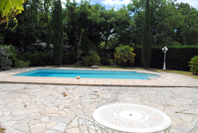 Vente maison / villa Bagnols-en-forêt 525000€ - Photo 2