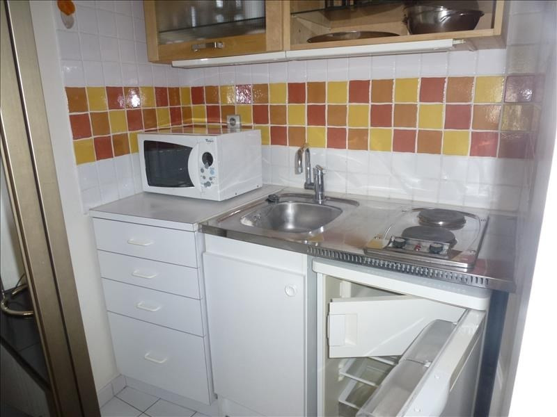 Location appartement Paris 15ème 830€ CC - Photo 3
