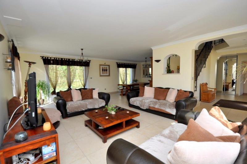 Sale house / villa Pecqueuse 635000€ - Picture 2